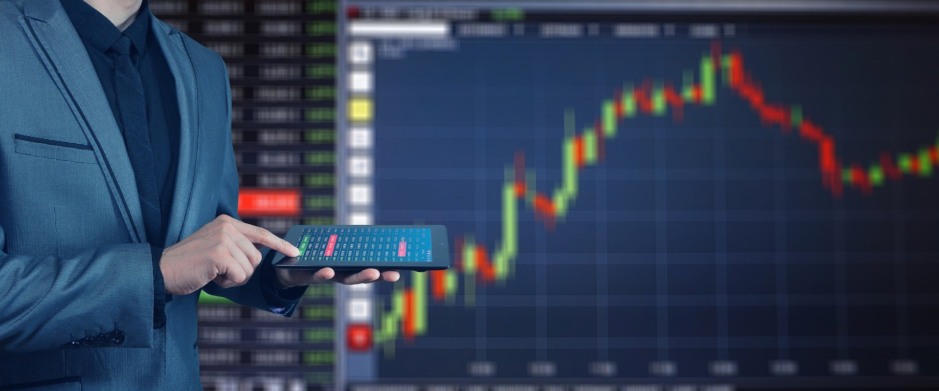 Crypto Analyst Luke Martin Gives DeFi Picks to Beat Bitcoin in 2021