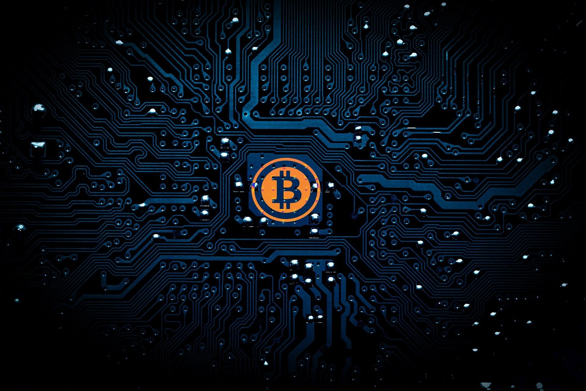 Bitcoin Projected to Grow Faster Than the Internet, Says On-Chain Analyst